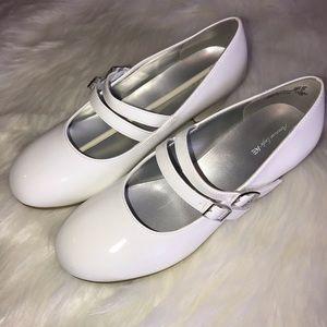 American Eagle White Girls Dress Heels